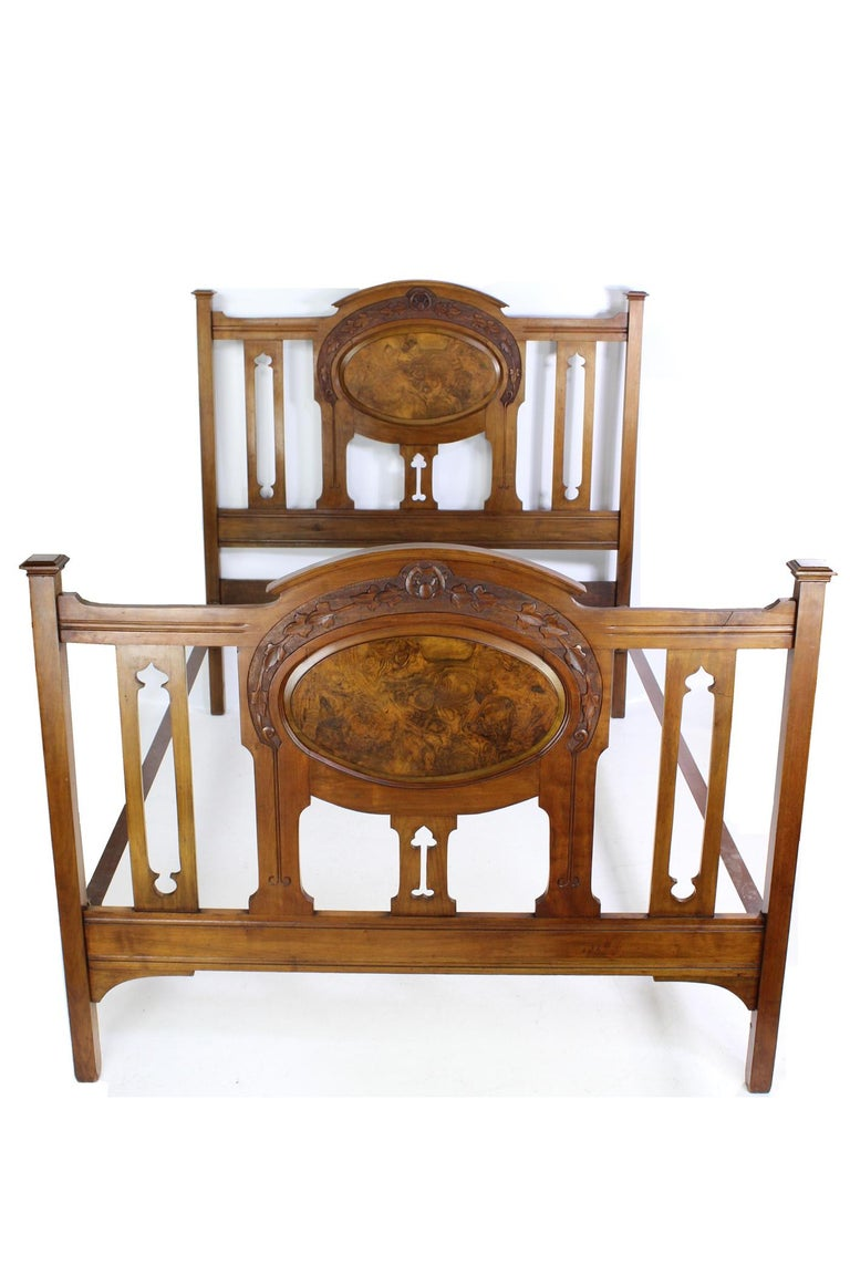 Arts and Crafts Antique Victorian Walnut Arts & Crafts Double Bed, Full Size English Bedstead For Sale