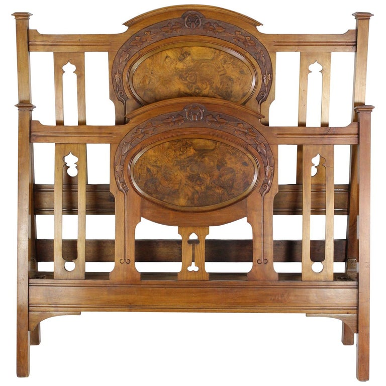 Antique Victorian Walnut Arts & Crafts Double Bed, Full Size English Bedstead For Sale