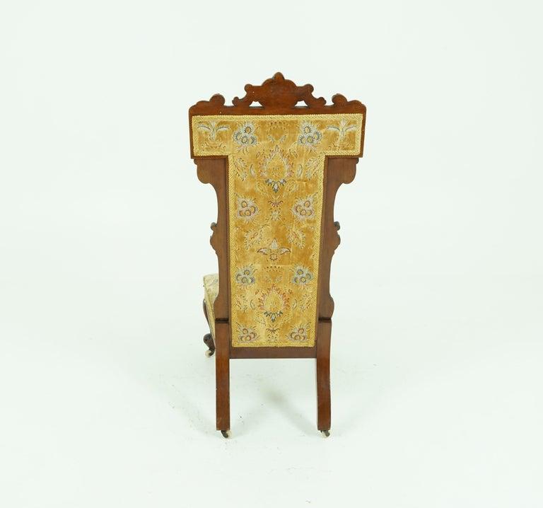 Late 19th Century Antique Victorian Walnut Prayer Chair, Prie Dien Chair, Scotland 1870, 1638 For Sale