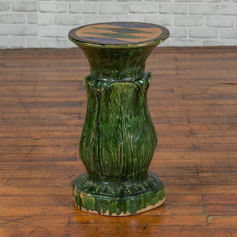 Antique Vietnamese Green Glazed Pedestal with Foliage Design and Diamond Motifs For Sale 4