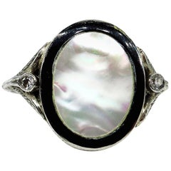 Antique Vintage Art Deco Mother of Pearl and Diamond Platinum Ring