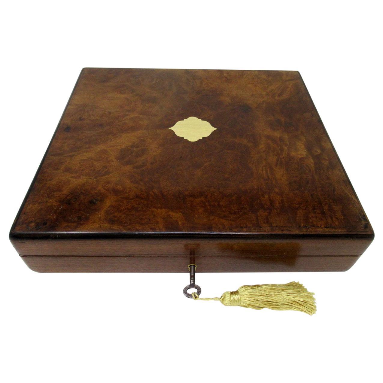 Antique Vintage Burl Burr Walnut Wooden Jewelry or Cigar Box Casket Provenace