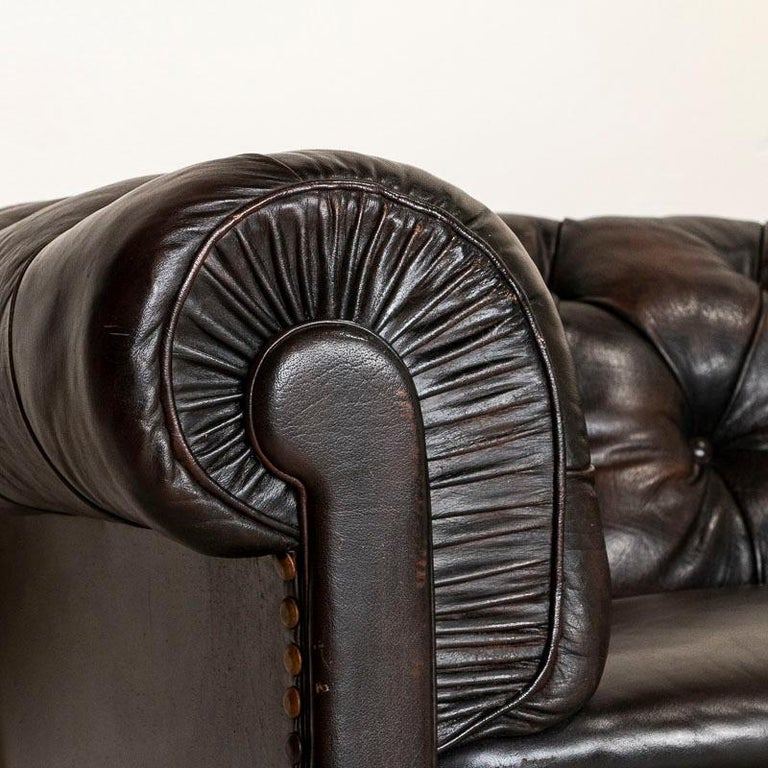 20th Century Vintage Leather Chesterfield Sofa from England For Sale