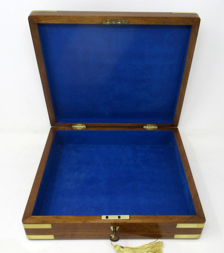 19th Century Antique Vintage Solid Mahogany Wooden Jewelry Box Casket Brass Bound 19th Cent For Sale