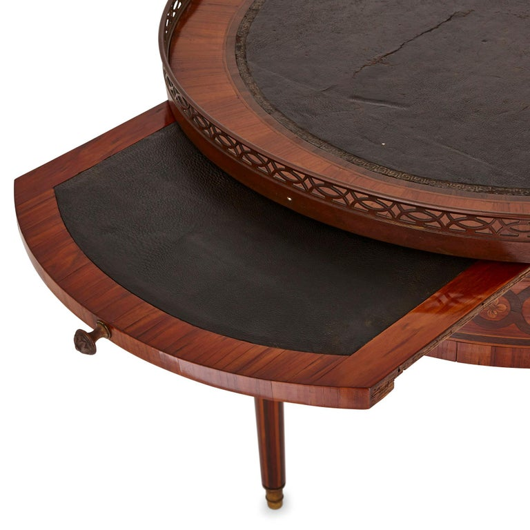 Antique Walnut and Marquetry Writing Desk In Good Condition For Sale In London, GB