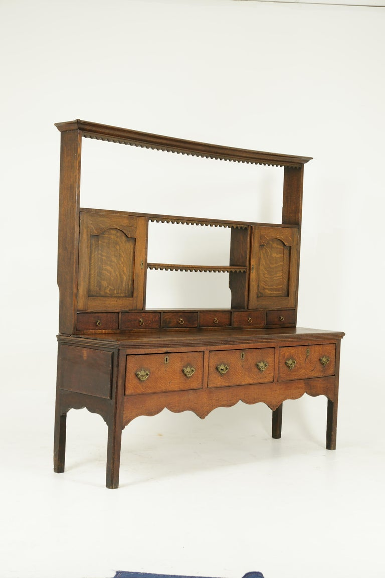 Antique Welsh Dresser, Antique Sideboard, Farmhouse Chic, England 1790, B1578 In Good Condition In Vancouver, BC