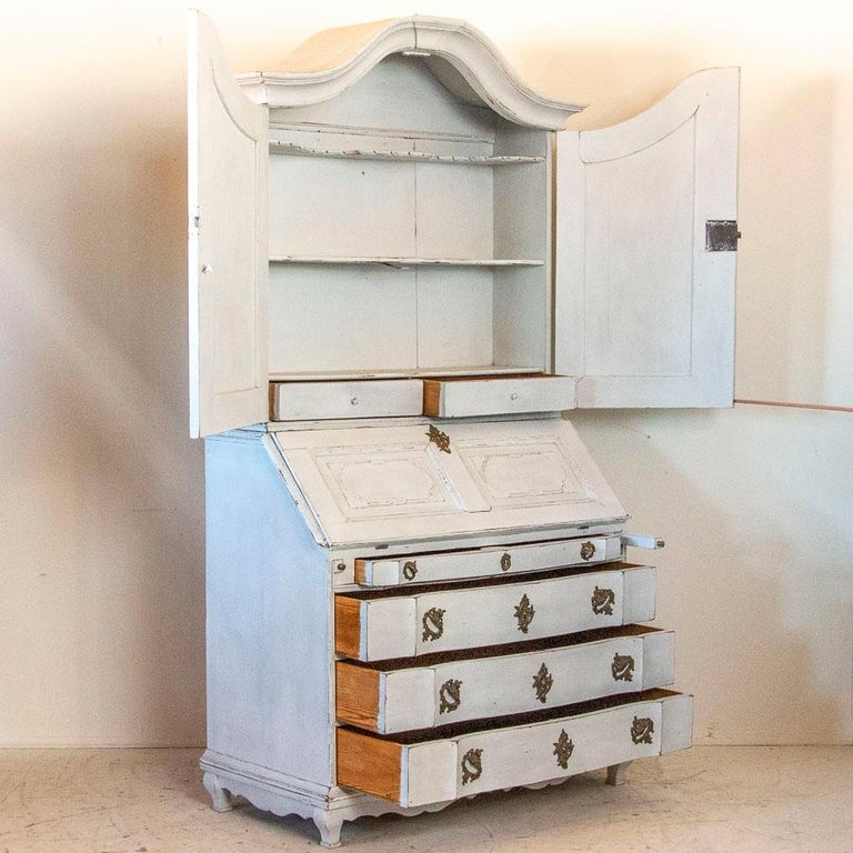 Antique White Painted Secretary from Sweden In Good Condition For Sale In Round Top, TX