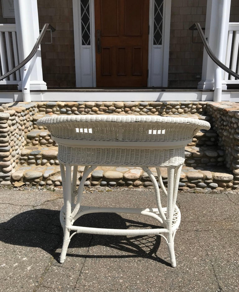 Antique Wicker Desk and Chair For Sale 1
