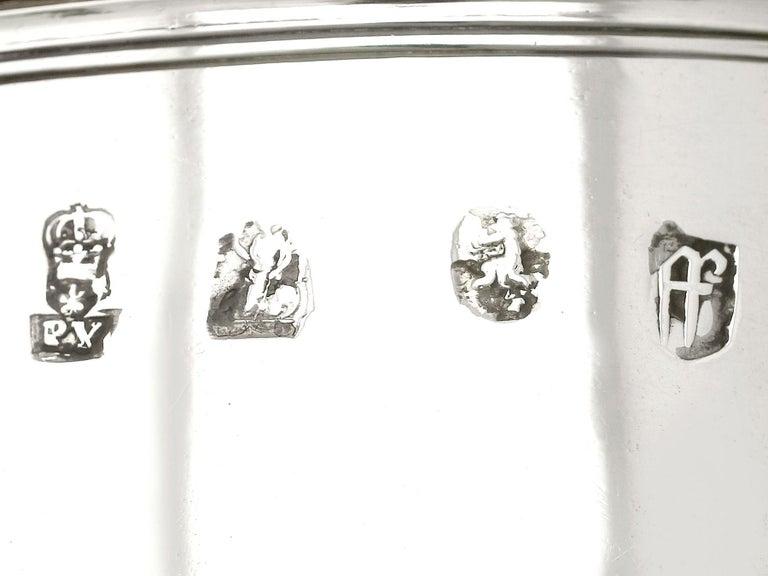 Antique William III Britannia Standard Silver Quart Tankard For Sale 5