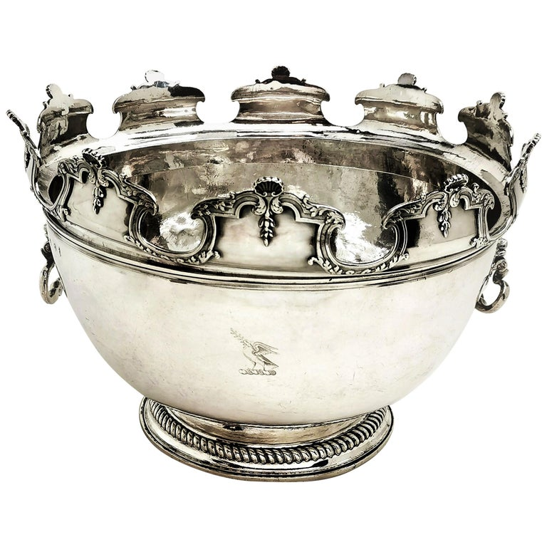 Antique William III Sterling Silver Punch Bowl / Large Bowl 1701 For Sale
