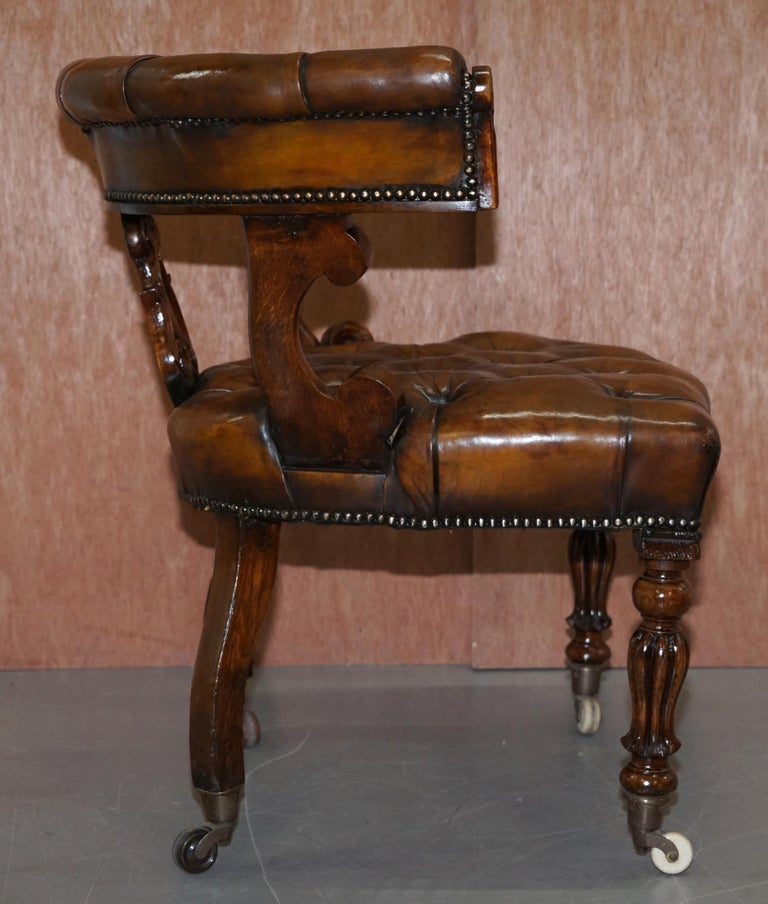 Antique William IV Aged Brown Leather Chesterfield Fully Restored Captains Chair For Sale 9