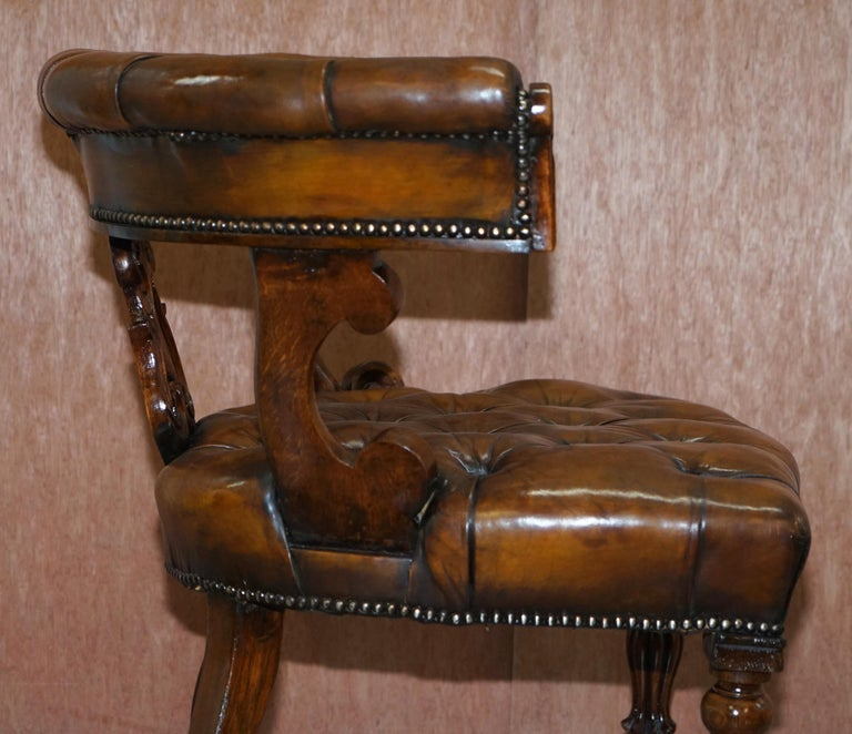 Antique William IV Aged Brown Leather Chesterfield Fully Restored Captains Chair For Sale 10