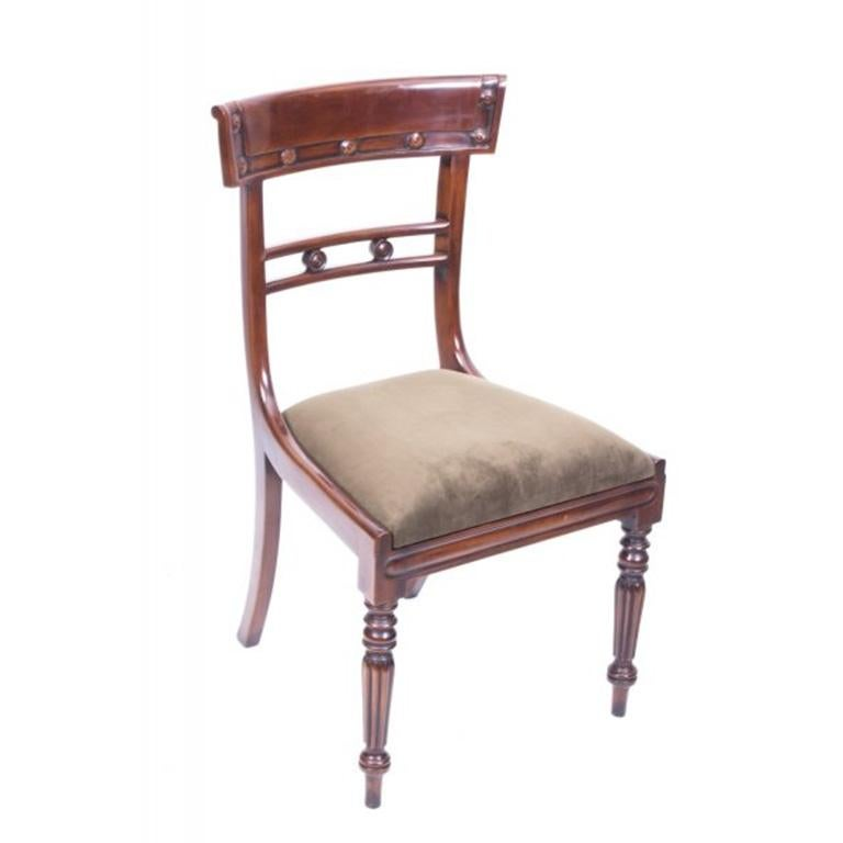 Antique William IV Mahogany Dining Table and 10 Chairs, 19th Century 9