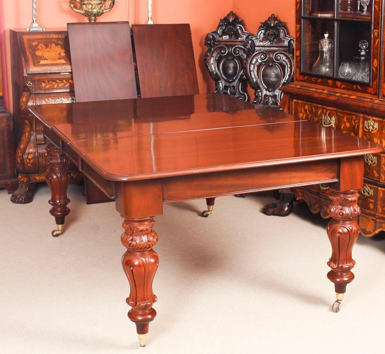 Antique William IV Mahogany Dining Table 19th Century & 12 Dining Chairs 1