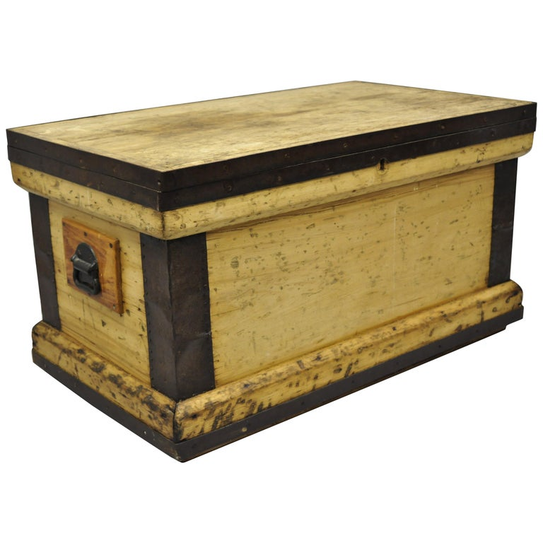 Antique Wood And Cast Iron Primitive Trunk Blanket Chest Coffee Table For