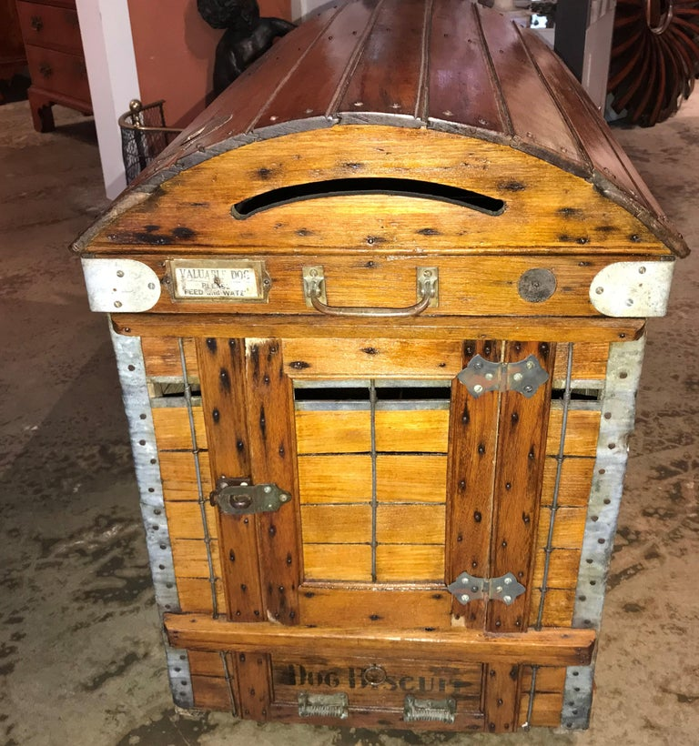 American Antique Wooden Dog Carrier by Absalom Backus, Jr & Sons with Label circa 1902 For Sale