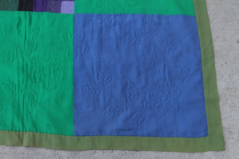 Hand-Crafted Antique Wool Quilt, Amish Sunshine & Shadow Quilt For Sale