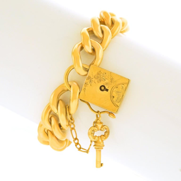 Victorian Antique Working Lock and Key Gold Bracelet For Sale