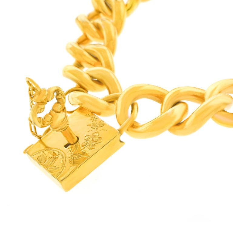 Women's Antique Working Lock and Key Gold Bracelet For Sale
