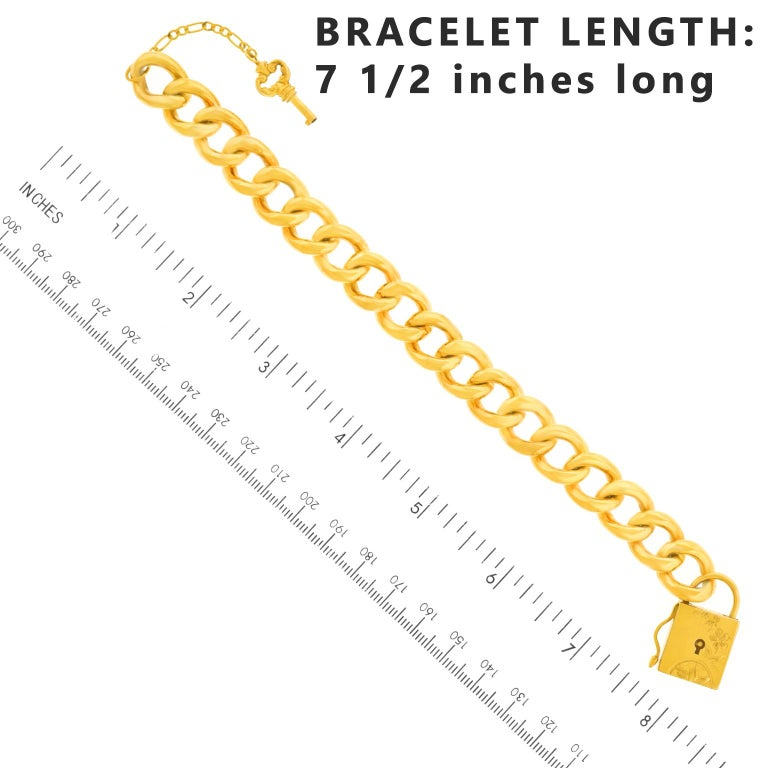 Antique Working Lock and Key Gold Bracelet For Sale 1