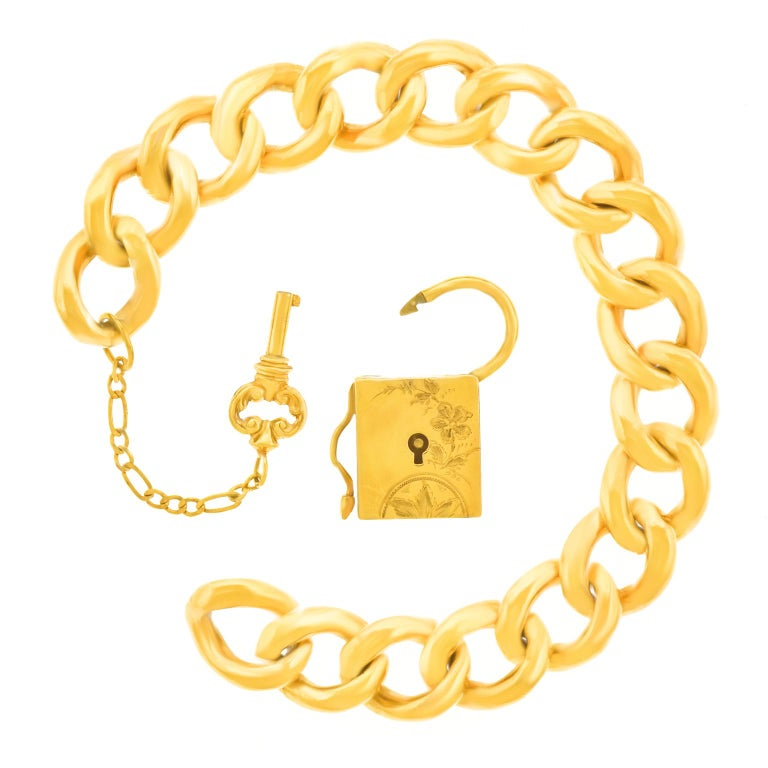 Antique Working Lock and Key Gold Bracelet For Sale 2