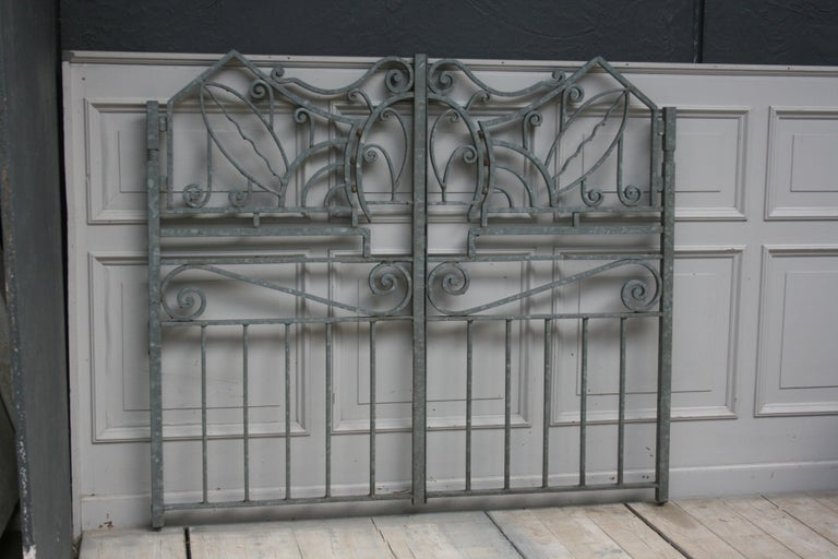 Antique Wrought Iron Gate from Switzerland, Sandblasted and Galvanized In Good Condition For Sale In Dusseldorf, DE