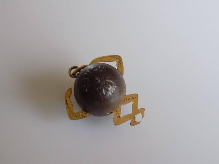 Antique WWI Gold Mr Touch Wud Wood Lucky Charm Pendant In Excellent Condition For Sale In Boston, GB