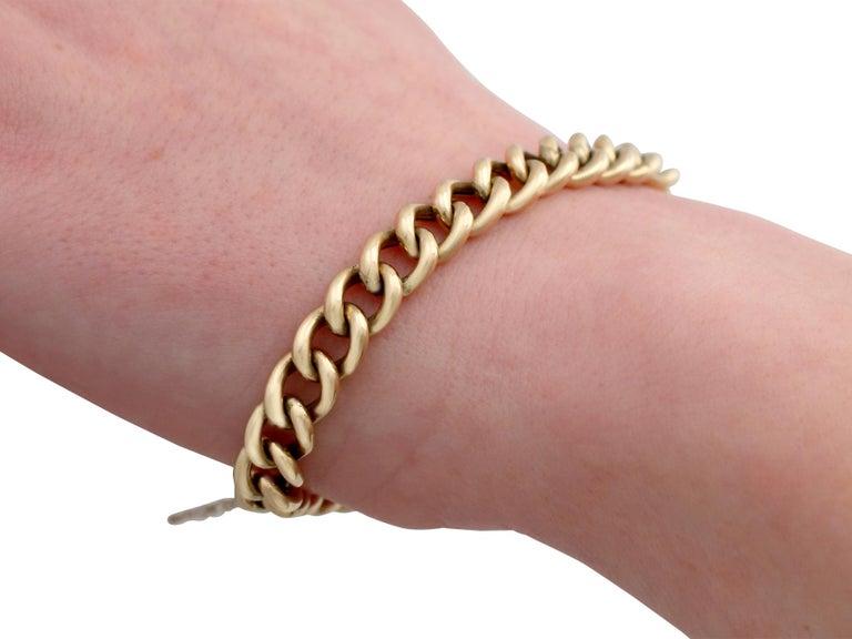 Antique 1900s Yellow Gold Curb Link Bracelet 4
