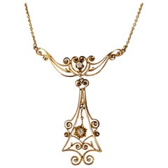 Antique Yellow Gold Filigree Pendant with Diamond