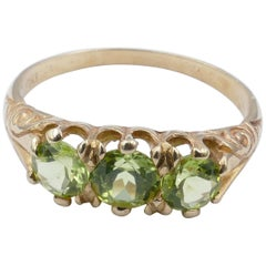 Antique Yellow Gold Peridot Ring