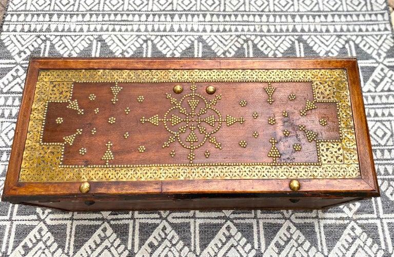 Antique Zanzibar Blanket Chest Teak Wood with Brass Metal Overlay, 19th Century For Sale 4