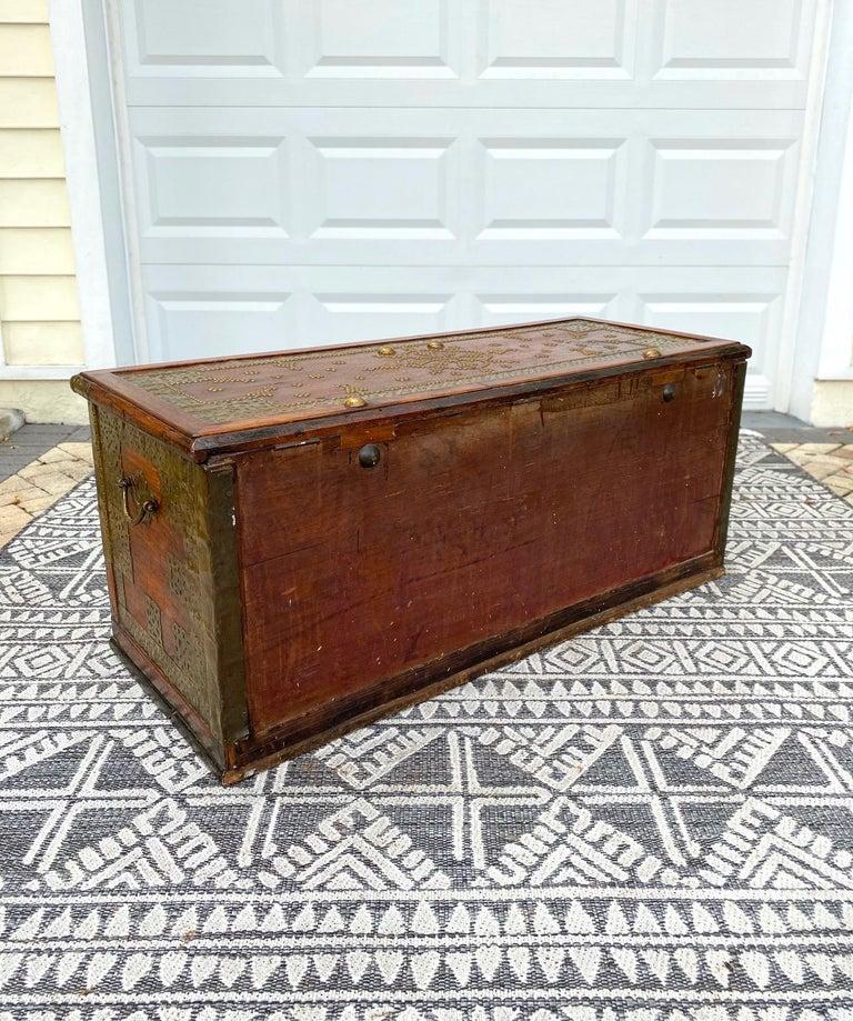Antique Zanzibar Blanket Chest Teak Wood with Brass Metal Overlay, 19th Century For Sale 8