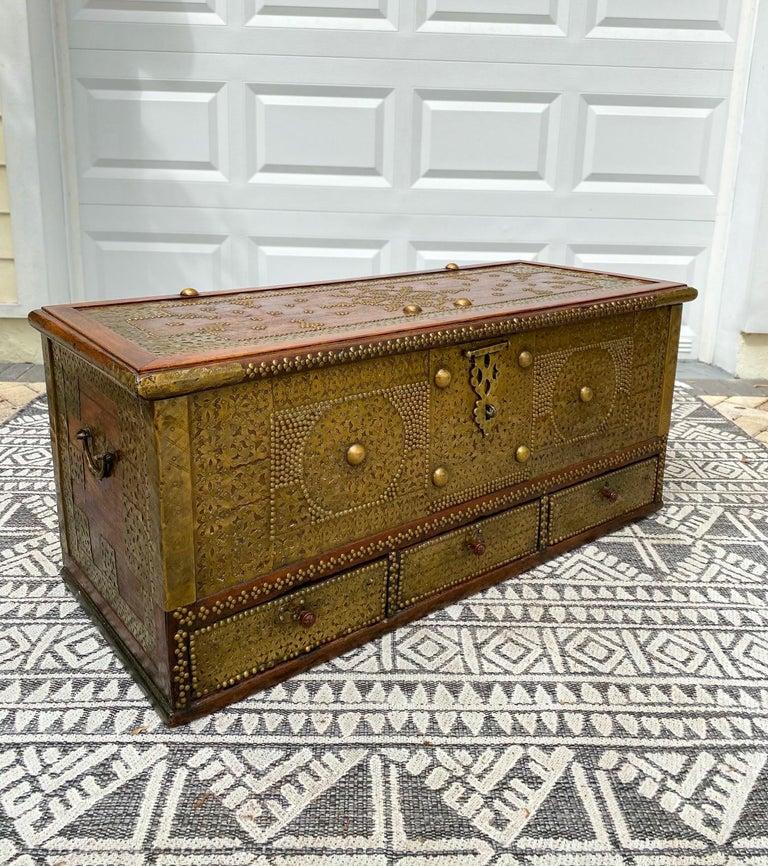 Zanzibari Antique Zanzibar Blanket Chest Teak Wood with Brass Metal Overlay, 19th Century For Sale