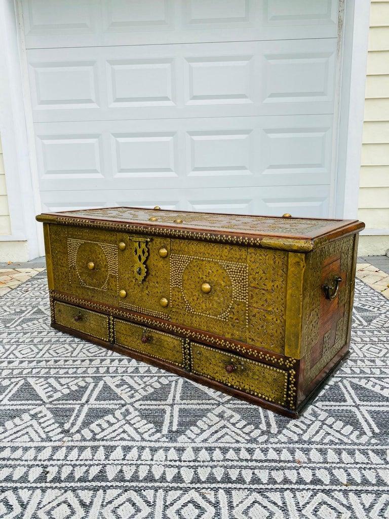 Etched Antique Zanzibar Blanket Chest Teak Wood with Brass Metal Overlay, 19th Century For Sale