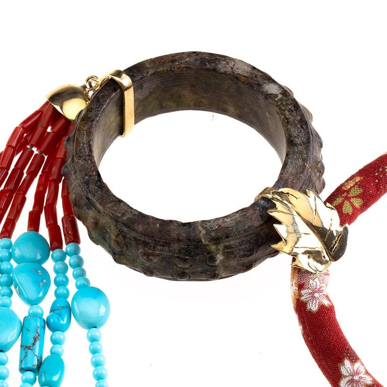 Antiques Chinese Carved Jade Italian red Coral Turquoise 18 Karat Gold In New Condition For Sale In Milan, IT