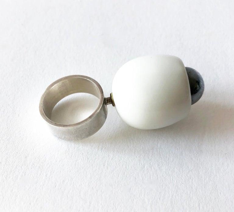 Anton Michelsen Royal Copenhagen Porcelain Sterling Danish Modernist Pod Ring In Good Condition For Sale In Los Angeles, CA