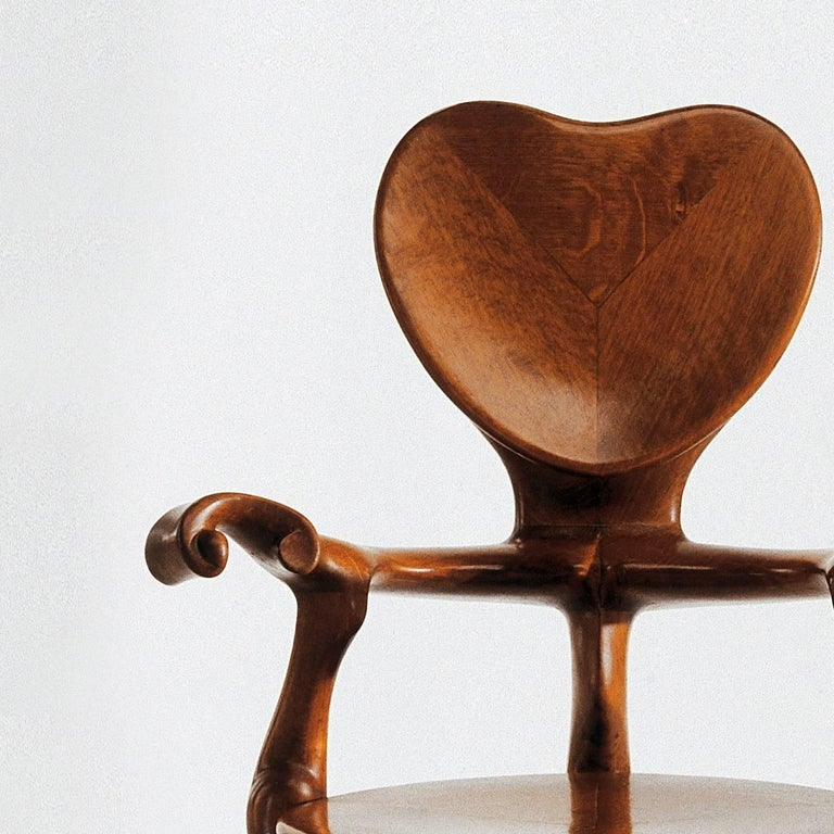 Calvet armchair designed by Antoni Gaudi manufactured by BD design  Solid varnished oak.   Measures: 52 x 65 x 95 H cm  A company that has always attributed such great importance to the author of the designs could never forget the great