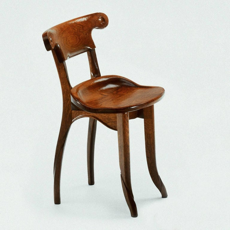 Batllo chair designed by Antoni Gaudi, circa 1906 and manufactured by BD furniture in Barcelona.  Solid varnished oak measures: 47 x 52 x 74 H.cm   Batlló chair BD Barcelona design  A company that has always attributed such great importance