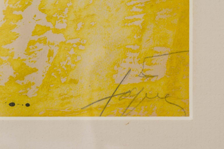 La Cometa - Etching in Yellow, Black, Braun and Red modern artwork Antoni Tàpies - Beige Abstract Print by Antoni Tàpies