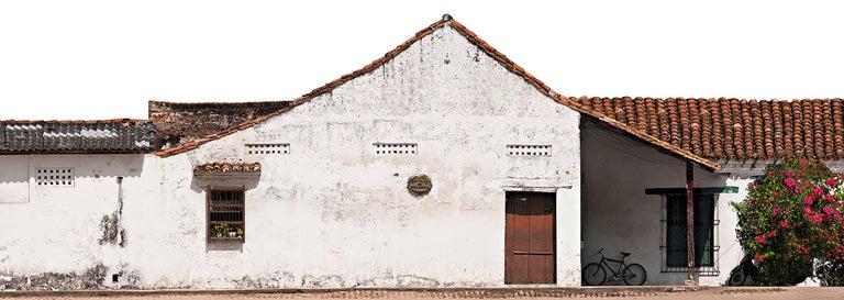 Antonio Castañeda Color Photograph - Portales de Santa Bárbara, Mompox, large archival pigment print
