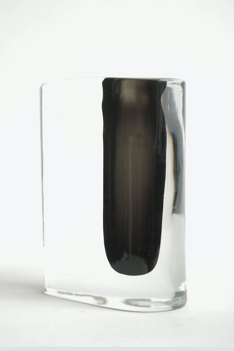 Cenedese Murano Black and Clear Glass Vase Vintage In Good Condition In North Miami, FL