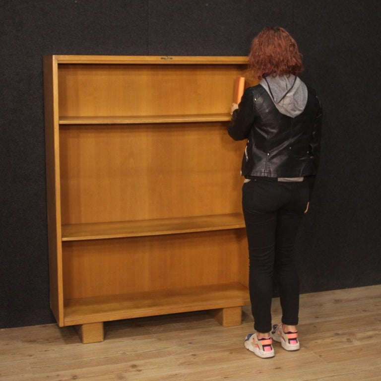 Antonio Ferretti 20th Century Beech and Fruitwood Italian Design Bookcase, 1930 For Sale 9