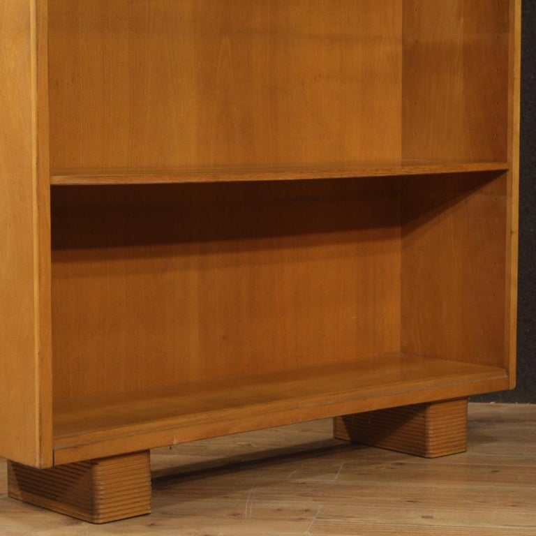 Antonio Ferretti 20th Century Beech and Fruitwood Italian Design Bookcase, 1930 For Sale 4