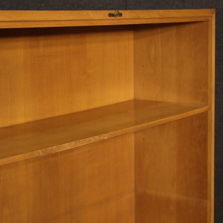 Antonio Ferretti 20th Century Beech and Fruitwood Italian Design Bookcase, 1930 For Sale 5