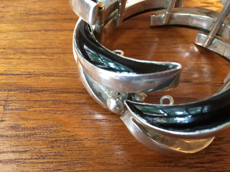 Antonio Pineda Mexican Sterling and Onyx Bracelet For Sale 2