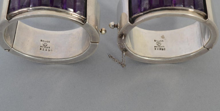 Antonio Pineda Pair of Sterling Silver and Amethyst Hinged Bangle Bracelets For Sale 1