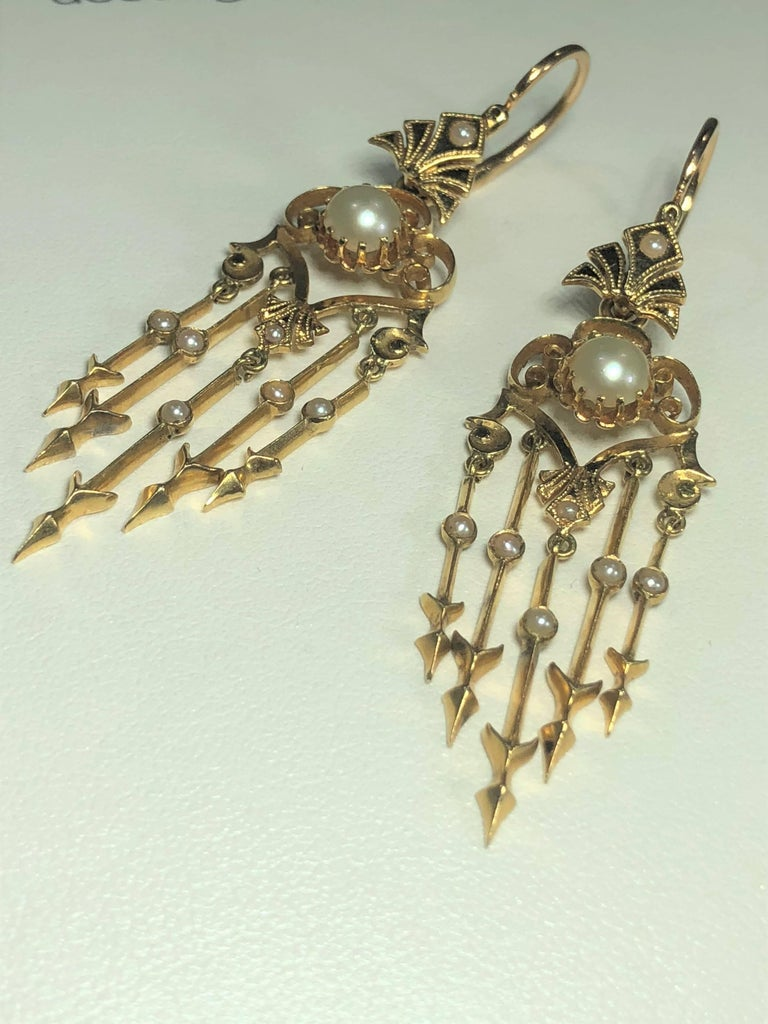 Antique Victorian 18 Karat Natural Pearl and Seed Pearl Chandelier Earrings For Sale 9