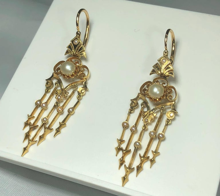 Antique Victorian 18 Karat Natural Pearl and Seed Pearl Chandelier Earrings For Sale 2