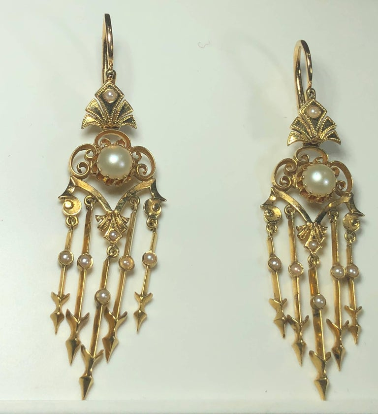 Antique Victorian 18 Karat Natural Pearl and Seed Pearl Chandelier Earrings For Sale 3