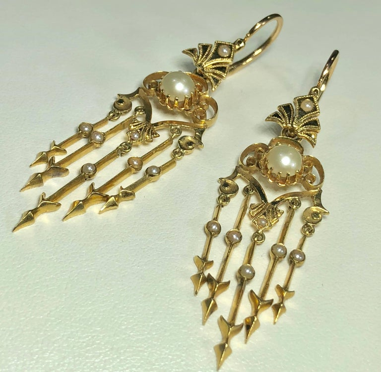 Antique Victorian 18 Karat Natural Pearl and Seed Pearl Chandelier Earrings For Sale 4